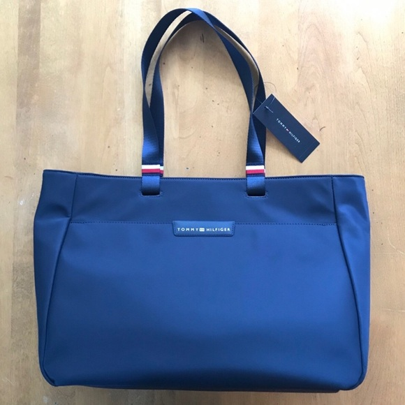 💙 Tommy Hilfiger Tote 💙